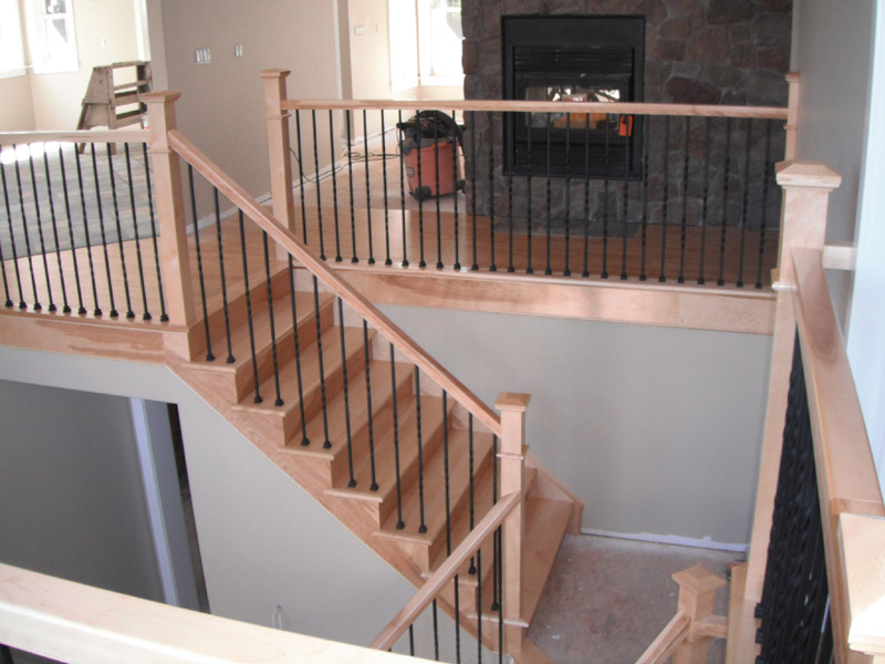 Square Craftsman Newel Post & Twist Metal Balusters - Picture #4