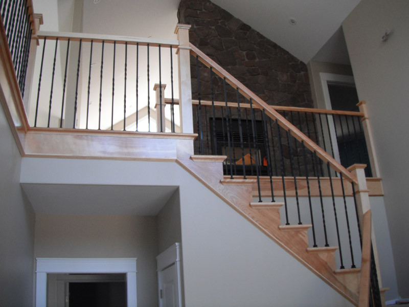 Square Craftsman Newel Post & Twist Metal Balusters - Picture #5