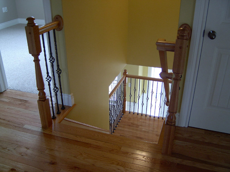 Metal Baskets Baluster & Traditional Mushroom Top Newels - Picture #4