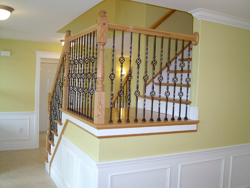 Metal Baskets Baluster & Traditional Mushroom Top Newels - Picture #6